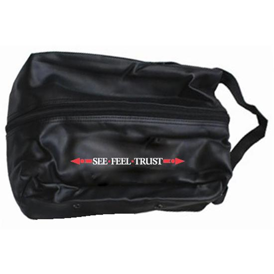OnCourse Linear See Feel Trust Logo Shoe Bag