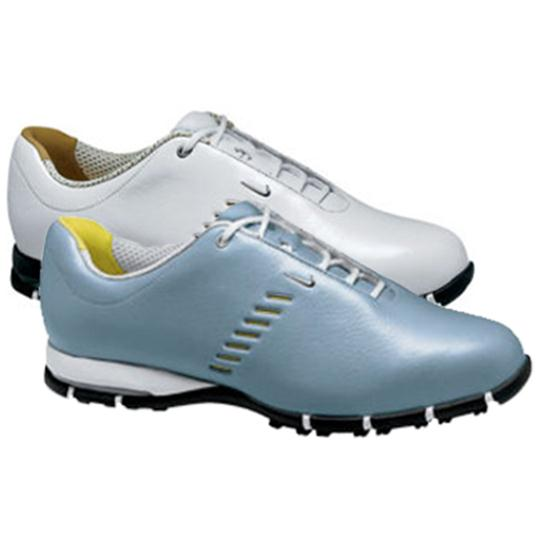 Nike sp 6 classic spikeless golf shoe for women for Classic house golf shoes
